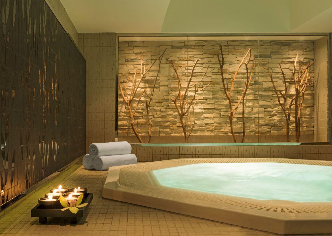 Horizon Pool Bar